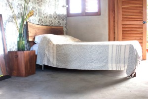 Live Edge Trunk Bed